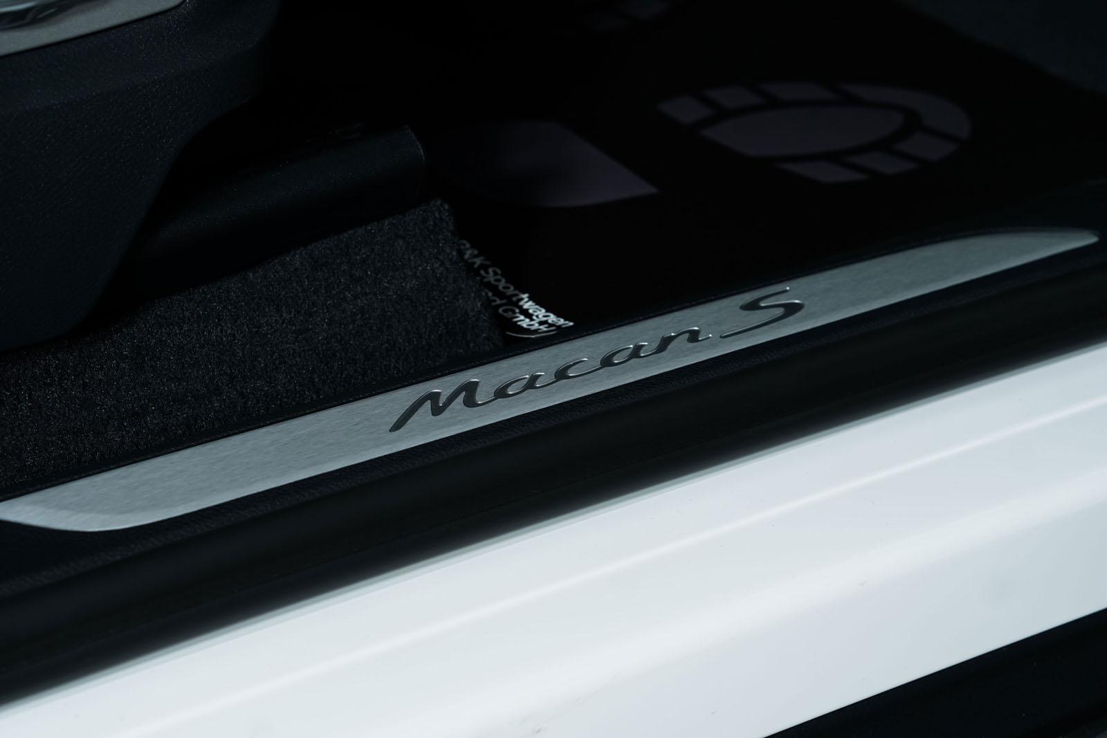 Porsche_Macan_S_Weiß_Schwarz_Por-3526_22_w