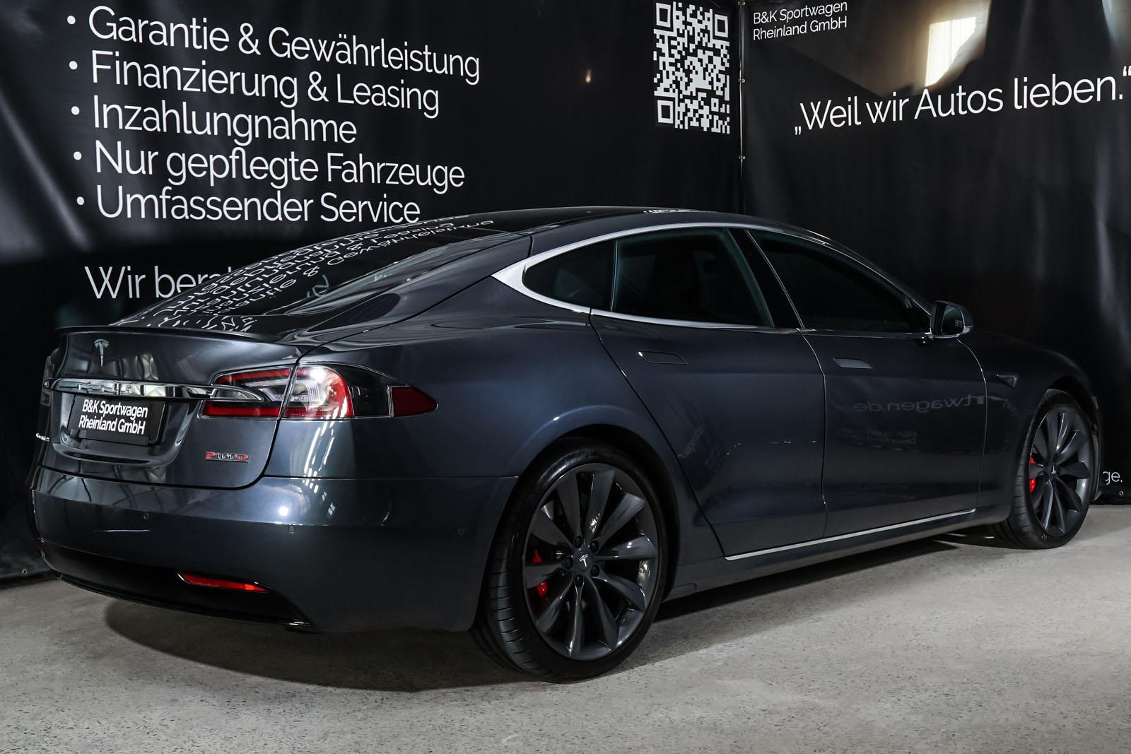 Tesla_ModelS_P100D_MidnightSilver_Black_TES-6539_14_w