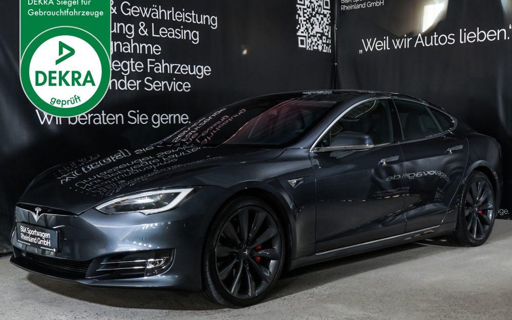 Tesla_ModelS_P100D_MidnightSilver_Schwarz_TES-6539_Plakette_w