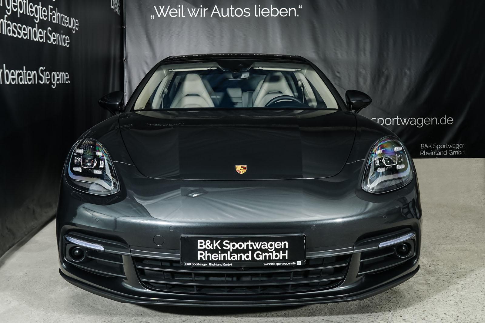 Porsche_Panamera4_SportTurismo_Grau_Weißgrau_POR-0979_1_w