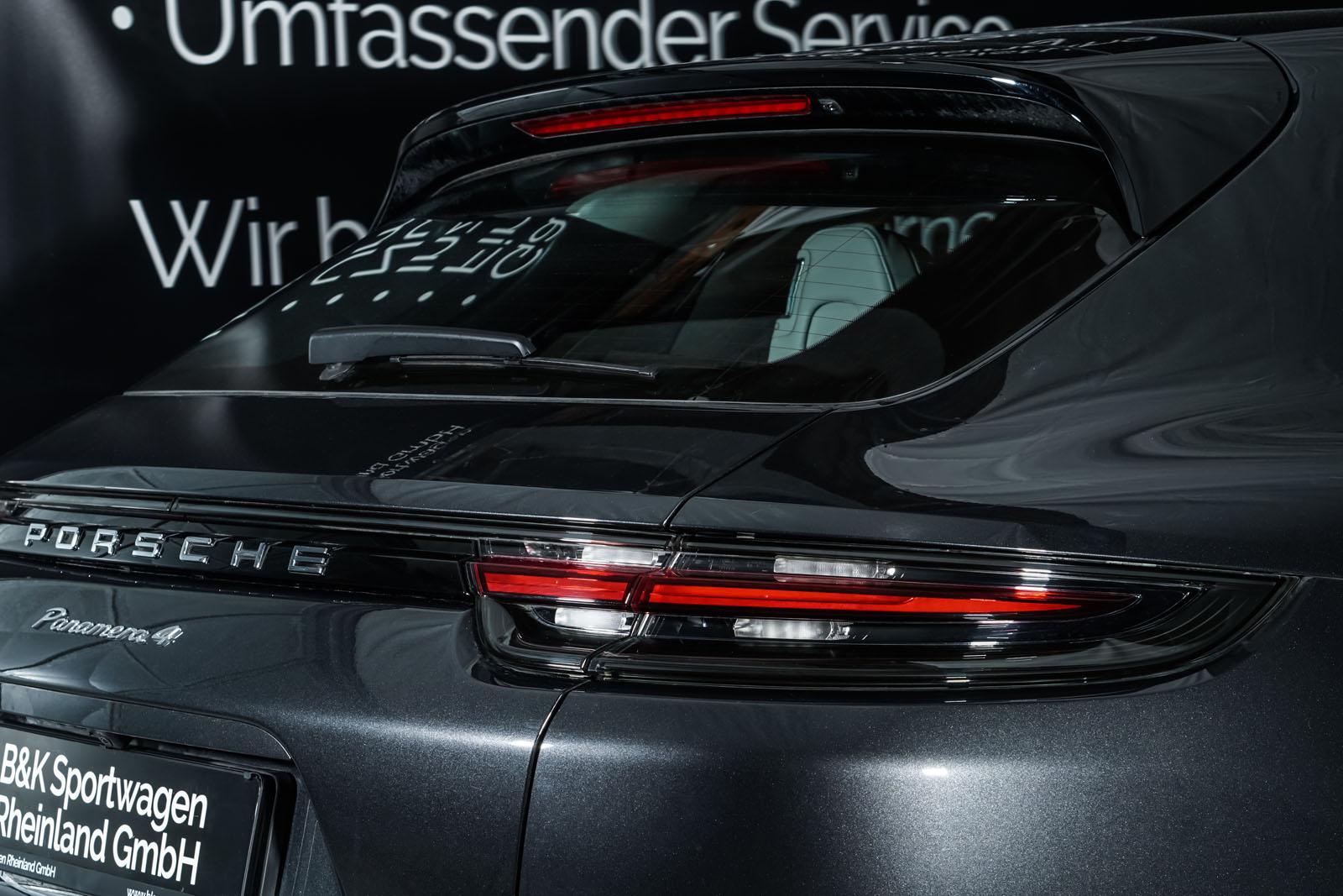 Porsche_Panamera4_SportTurismo_Grau_Weißgrau_POR-0979_23_w