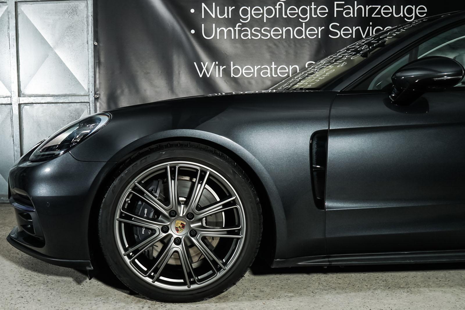 Porsche_Panamera4_SportTurismo_Grau_Weißgrau_POR-0979_4_w