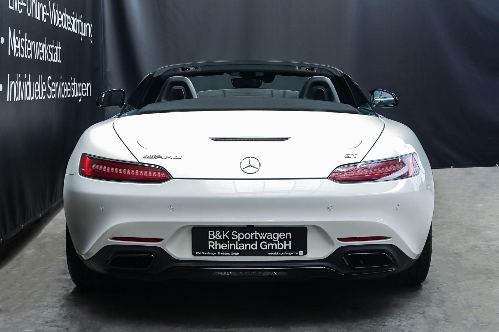 11Mercedes_Benz_AMG_GT_Roadster_Weiss_Schwarz_MB-9710_19_w