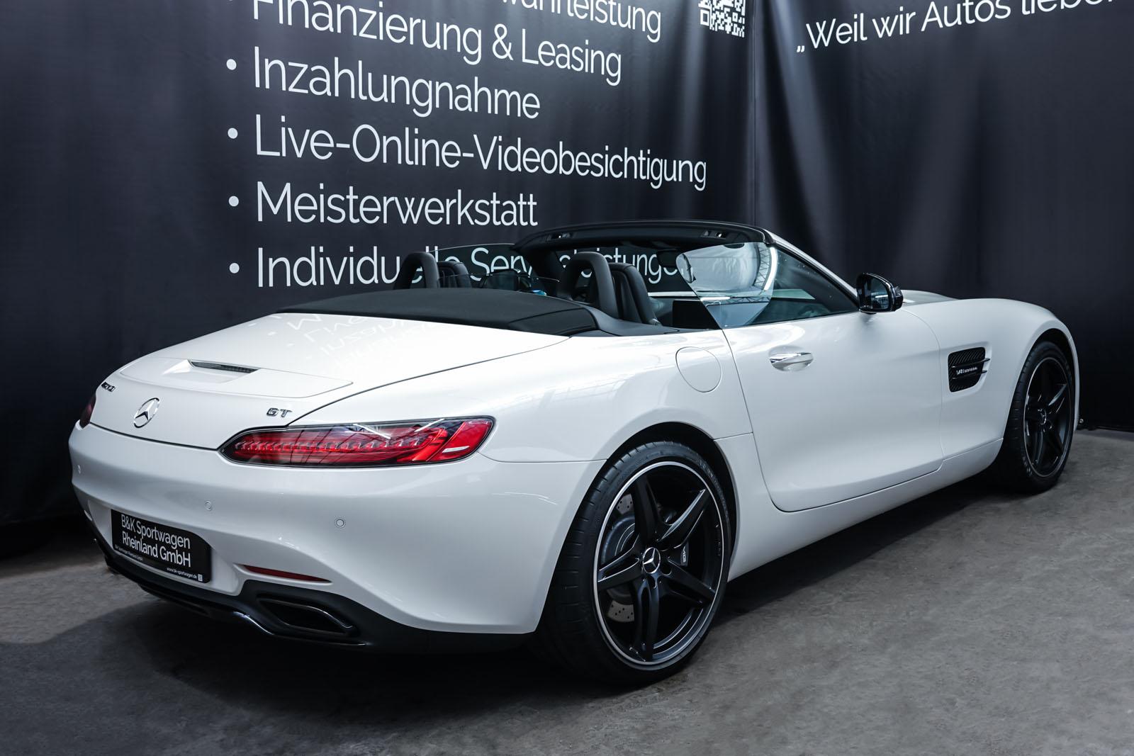 11Mercedes_Benz_AMG_GT_Roadster_Weiss_Schwarz_MB-9710_20_w
