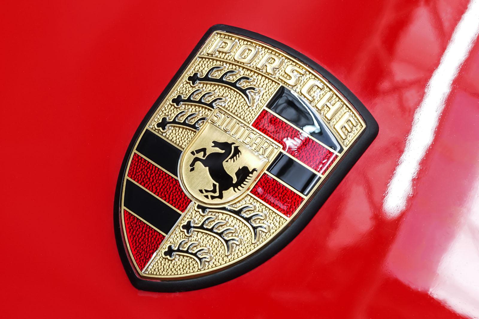 Porsche_911_Speedster_Rot_Schwarz_POR-2352_12_w