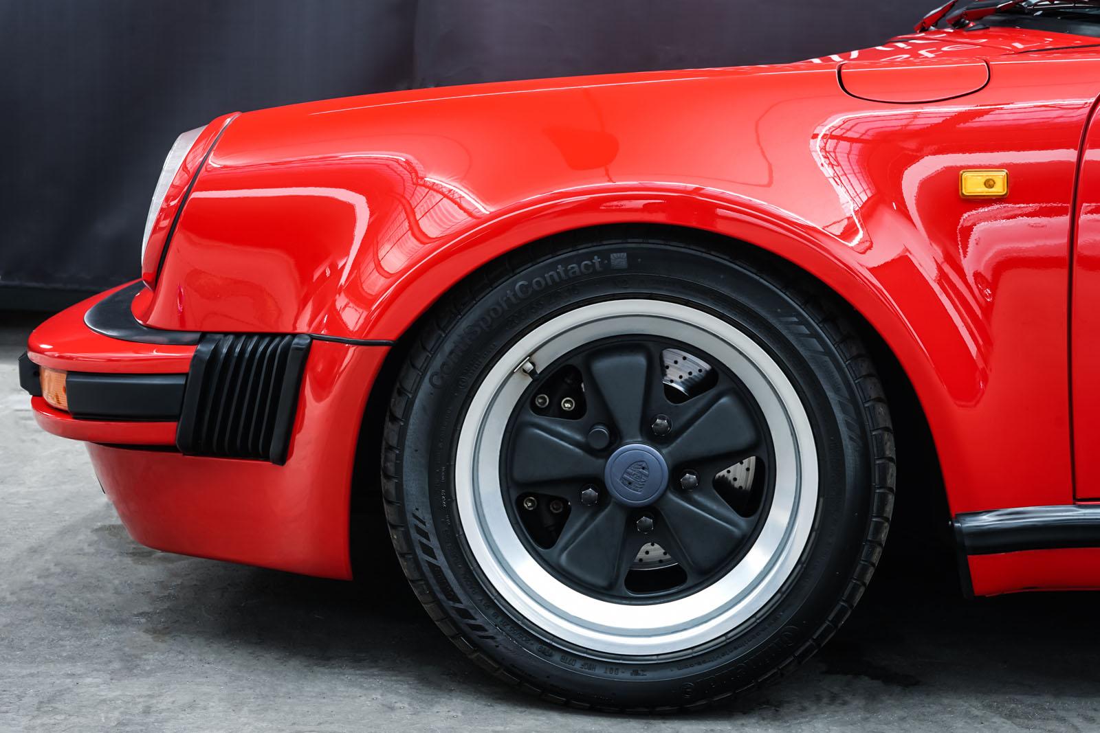Porsche_911_Speedster_Rot_Schwarz_POR-2352_3_w