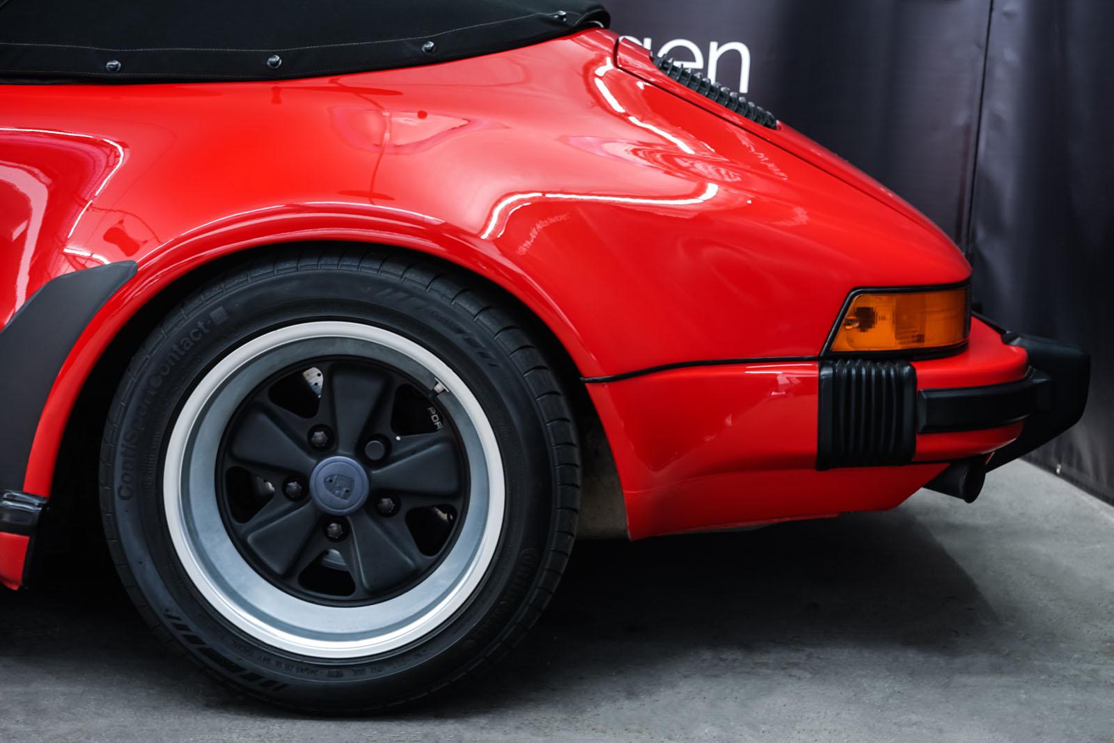 Porsche_911_Speedster_Rot_Schwarz_POR-2352_4_w