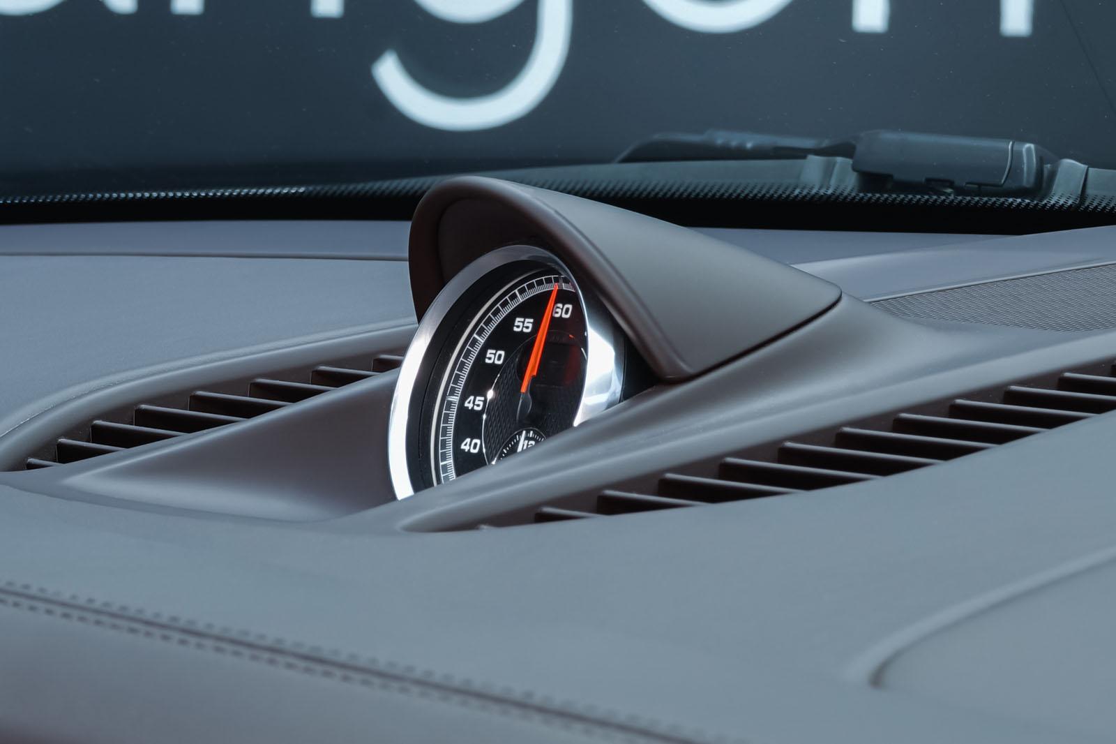 Porsche_991_TurboS_Cabrio_Schwarz_Braun_POR-9733_19_w