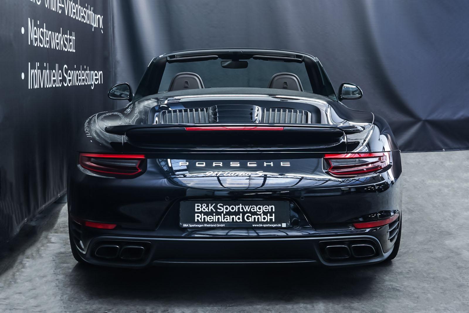 Porsche_991_TurboS_Cabrio_Schwarz_Braun_POR-9733_20_w
