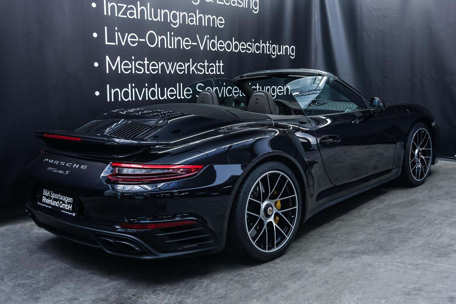 Porsche_991_TurboS_Cabrio_Schwarz_Braun_POR-9733_21_w