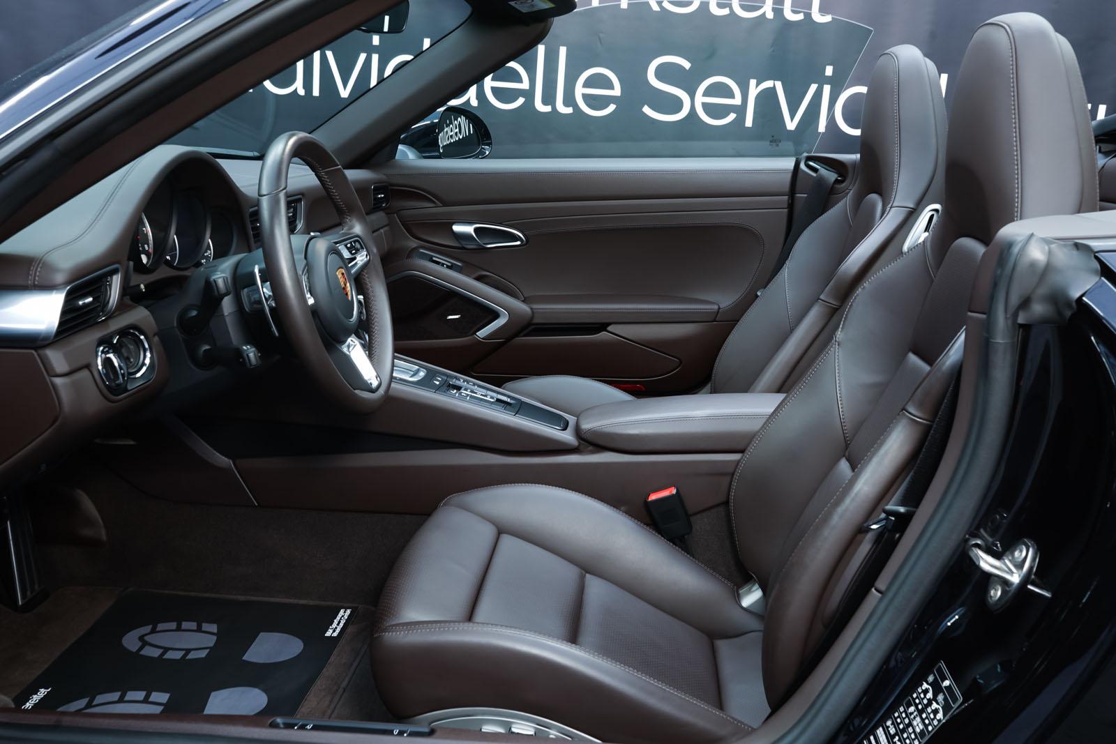 Porsche_991_TurboS_Cabrio_Schwarz_Braun_POR-9733_8_w