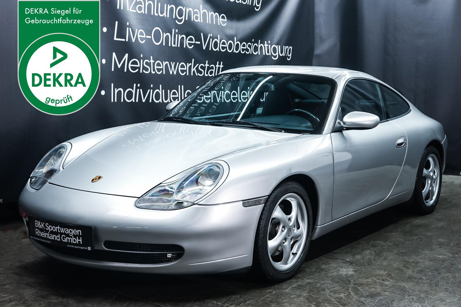 Porsche_996_Carrera_Silber_Dunkelblau_POR-0784_Plakette_w