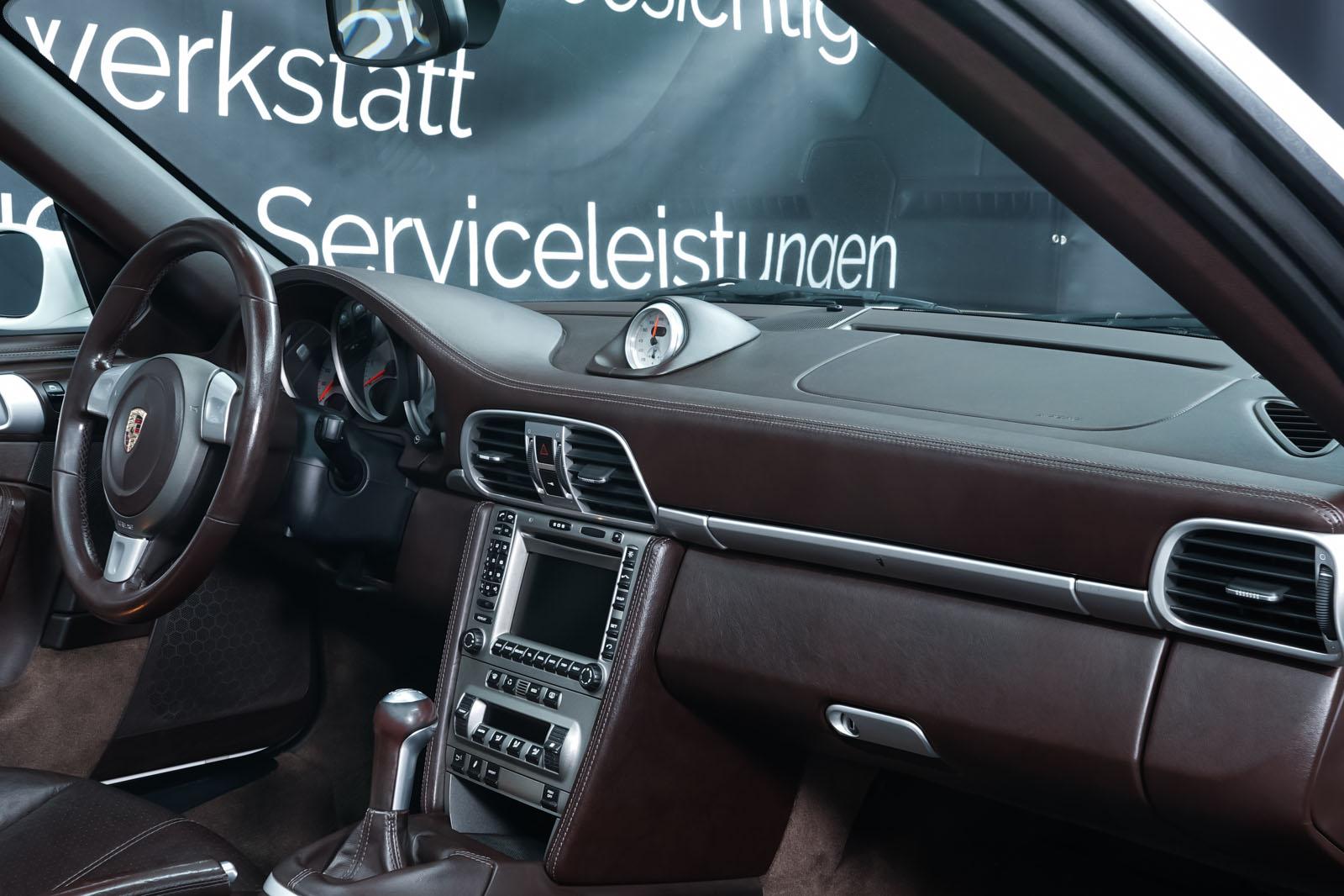 Porsche_997_C4S_Cabrio_Weiß_Braun_POR-4557_15_w