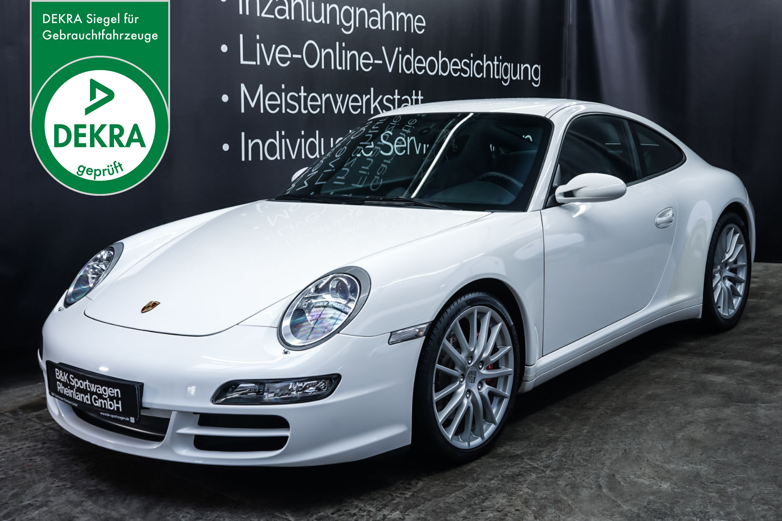 Porsche_997_Carrera4S_Weiß_SChwarz_POR-1914_Plakette_w