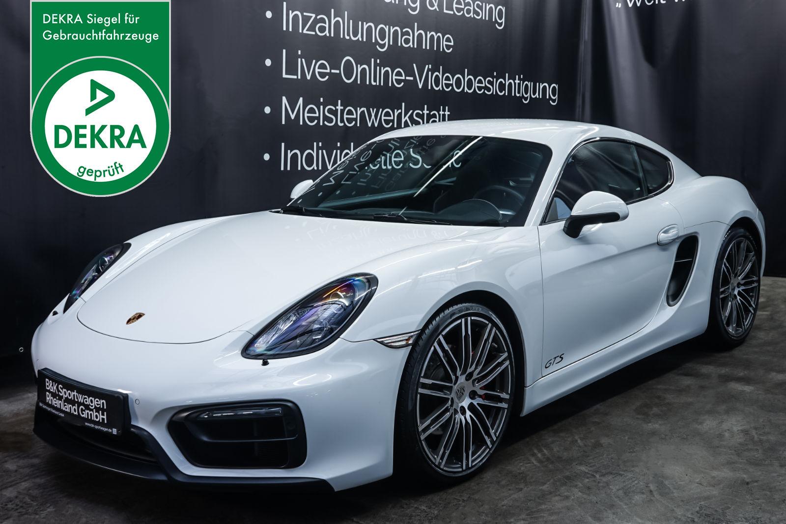 Porsche_Cayman_GTS_Weiß_Schwarze_POR-2431_Plakette_w