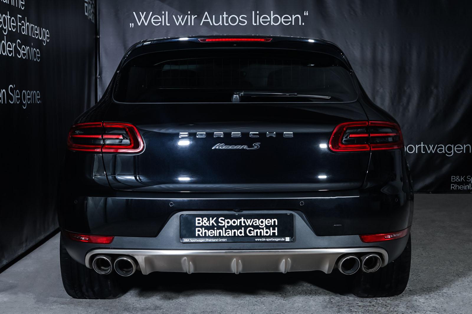 Porsche_Macan_S_Tiefschwarz_Schwarz_POR-1108_16_w