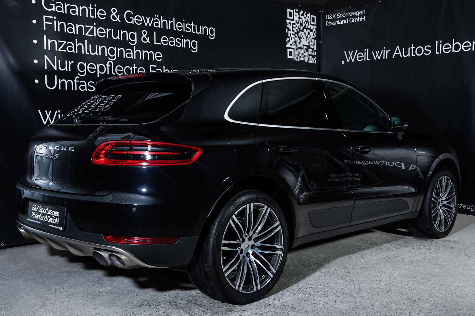Porsche_Macan_S_Tiefschwarz_Schwarz_POR-1108_17_w