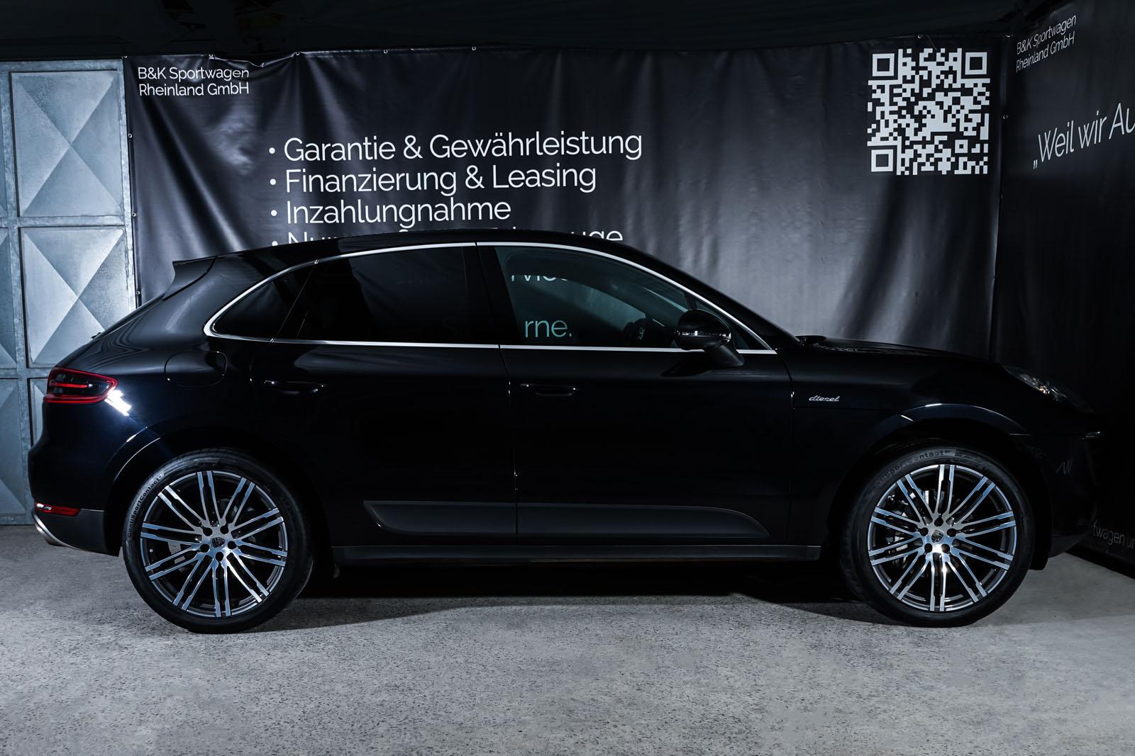 Porsche_Macan_S_Tiefschwarz_Schwarz_POR-1108_18_w