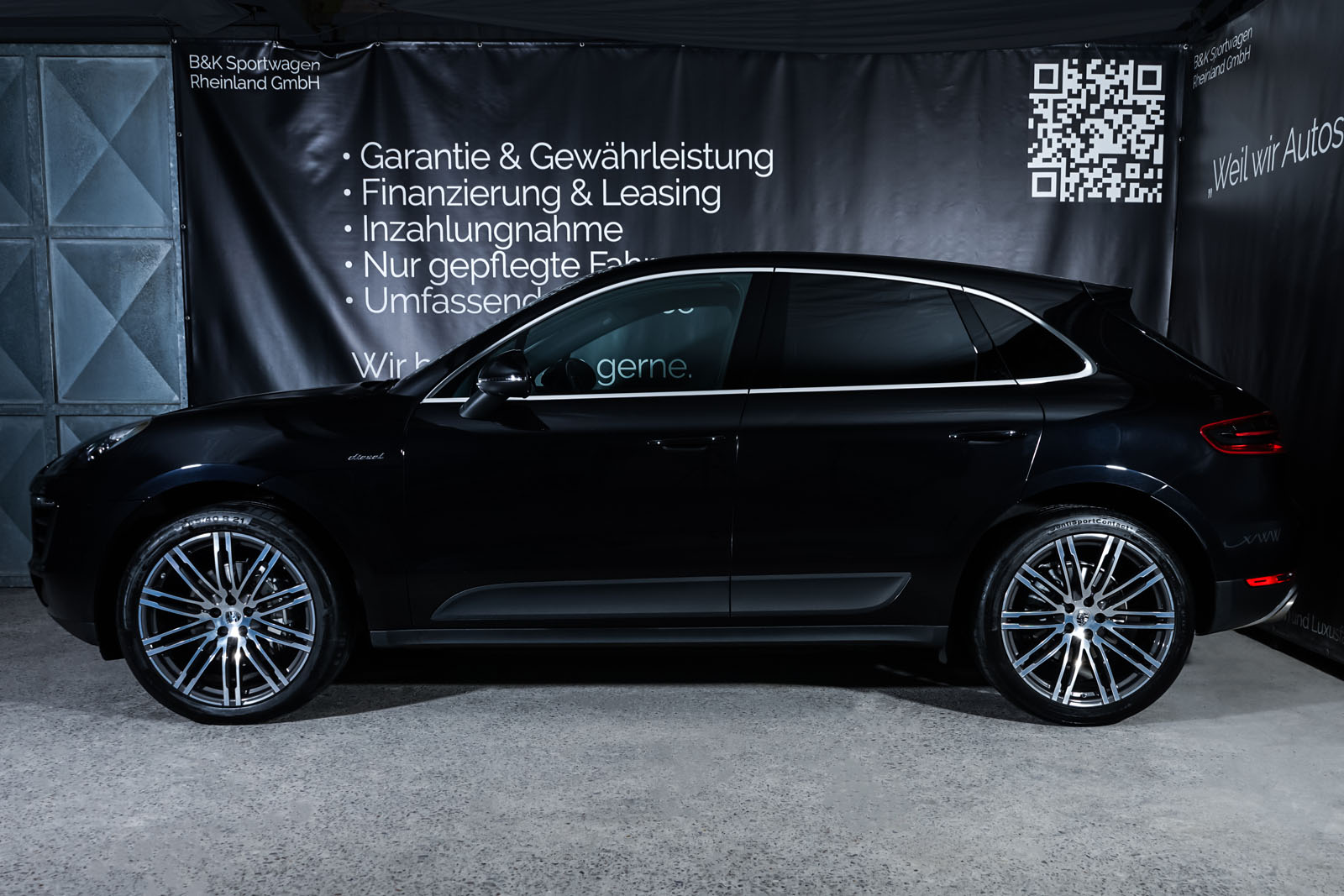 Porsche_Macan_S_Tiefschwarz_Schwarz_POR-1108_5_w