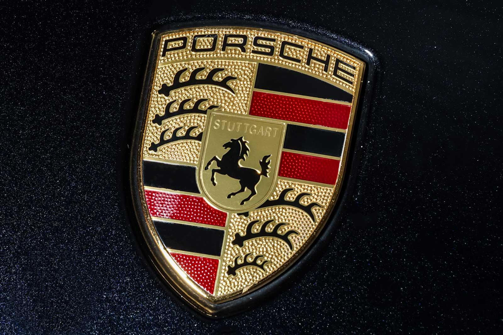 Porsche_Macan_TurboS_Schwarz_Schwarz_POR-2871_12_w