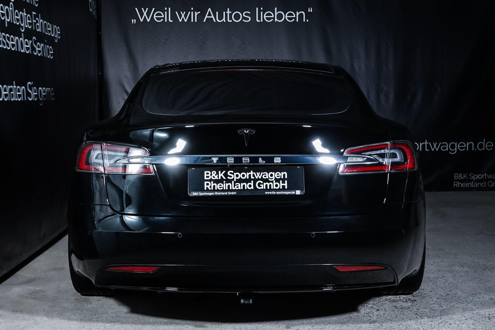 Tesla_ModelS_Schwarz_Schwarz_TES-6166_13_w