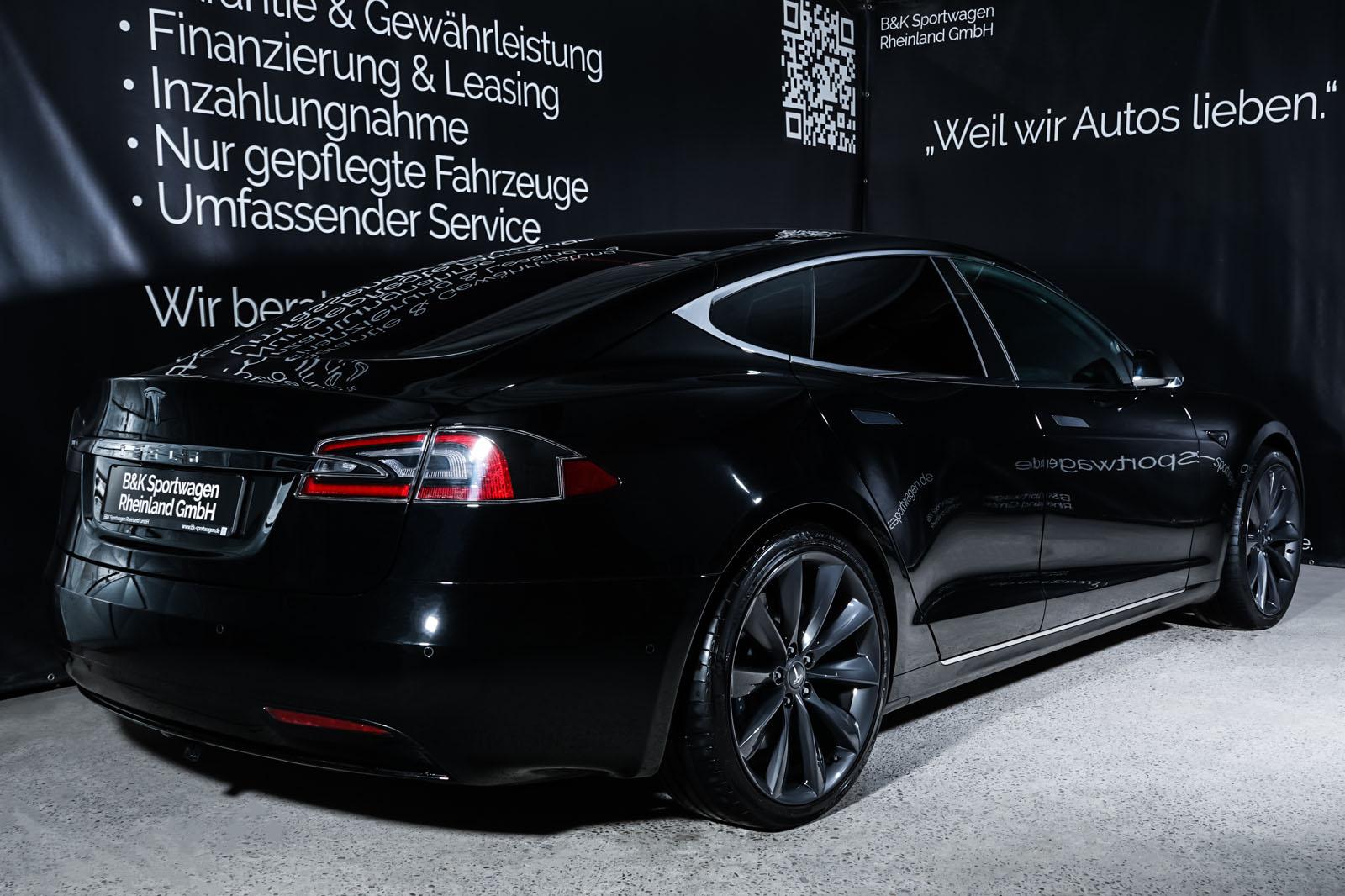 Tesla_ModelS_Schwarz_Schwarz_TES-6166_14_w