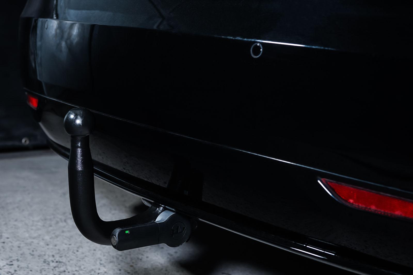 Tesla_ModelS_Schwarz_Schwarz_TES-6166_20_w