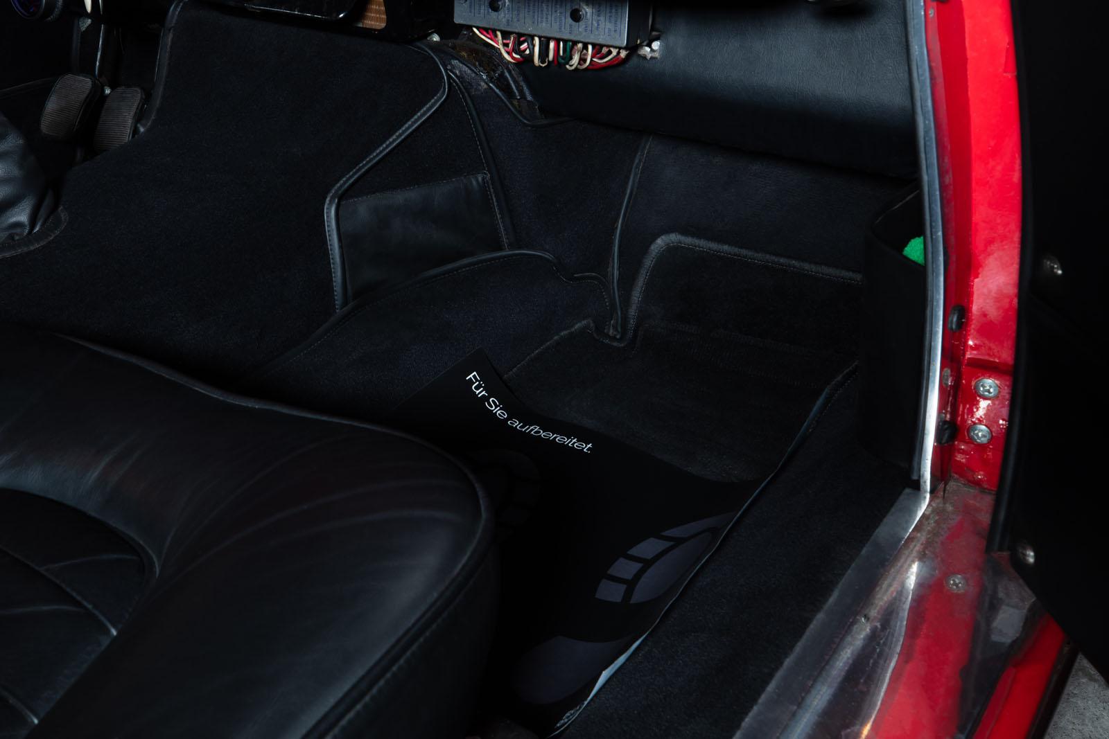 Maserati_3500_GT_Rot_Black_MAS-1742_16_w