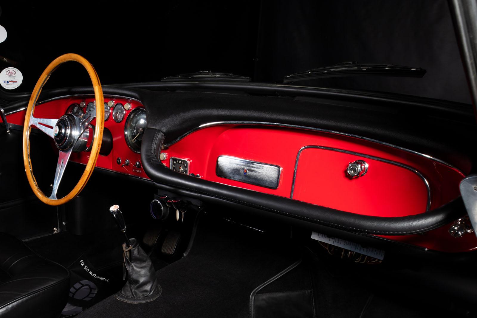 Maserati_3500_GT_Rot_Black_MAS-1742_17_w