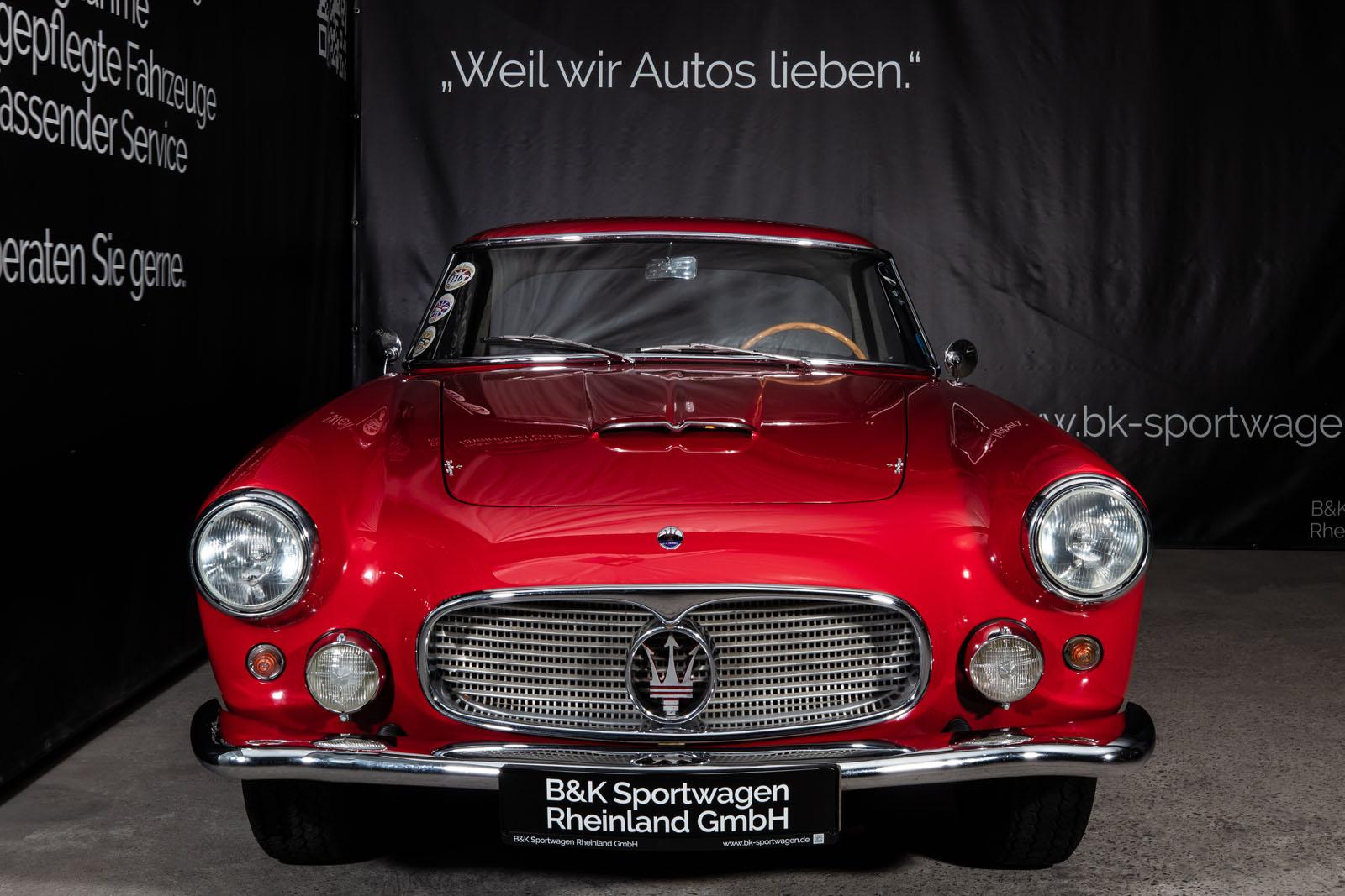 Maserati_3500_GT_Rot_Black_MAS-1742_1_w
