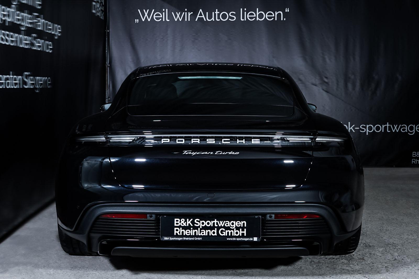 Porsche_Taycan_Turbo_Schwarz_Schwarz_POR-8106_15_w