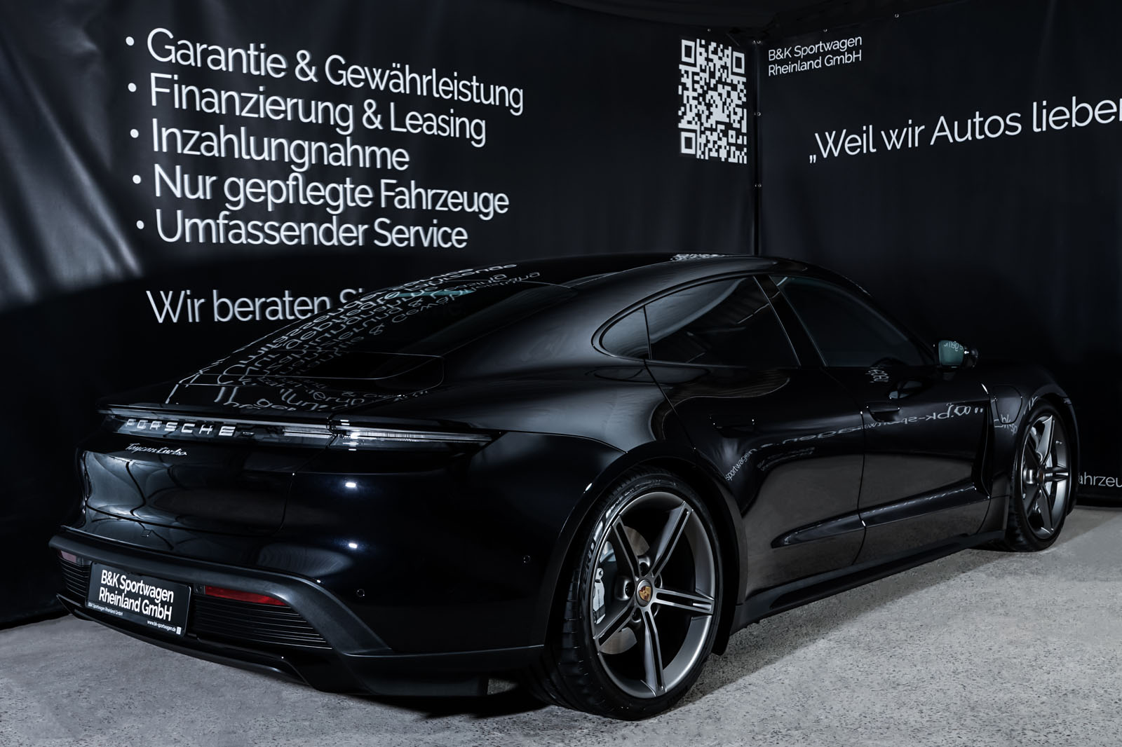 Porsche_Taycan_Turbo_Schwarz_Schwarz_POR-8106_16_w