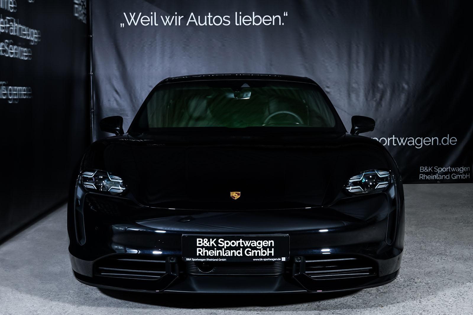 Porsche_Taycan_Turbo_Schwarz_Schwarz_POR-8106_1_w