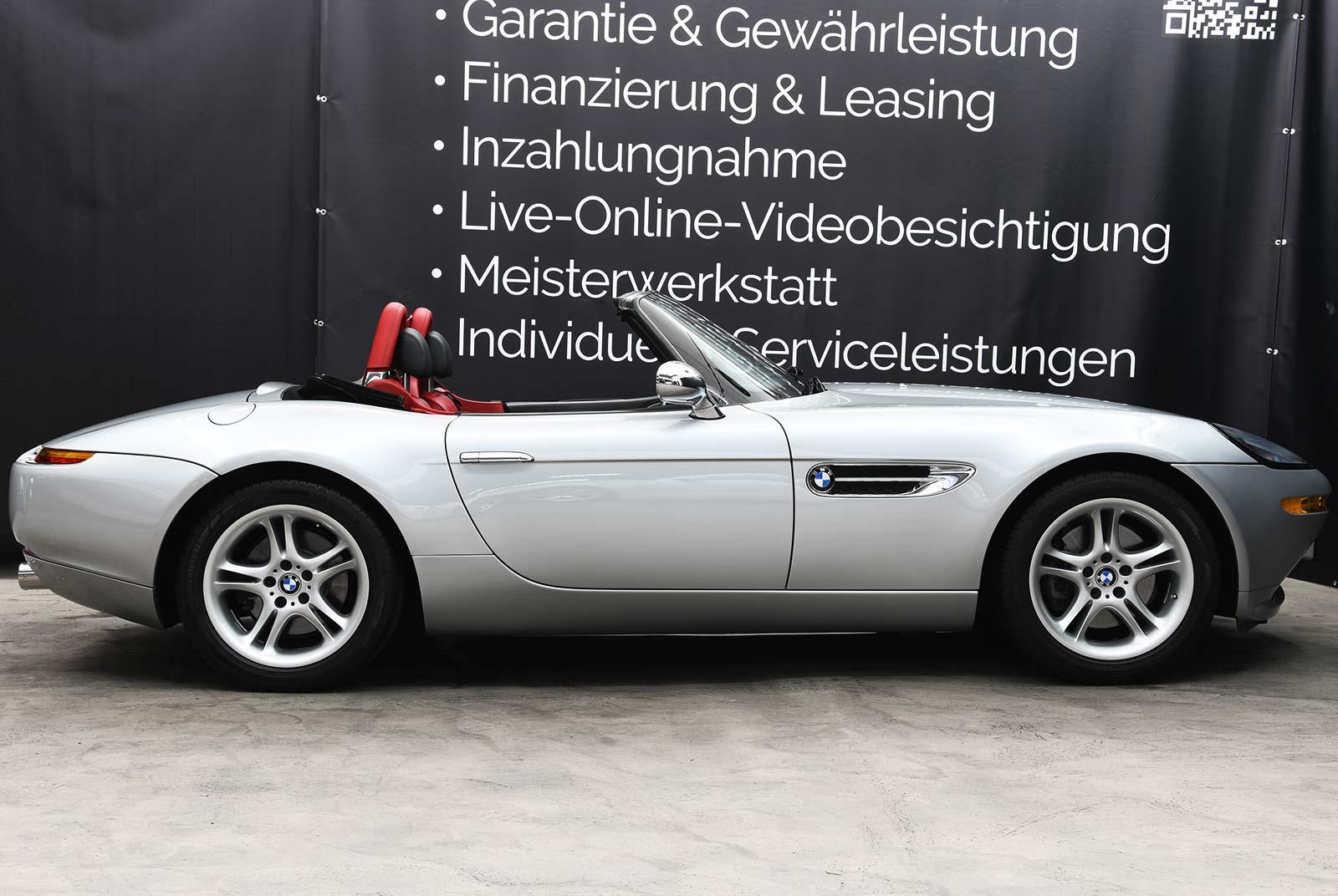bmw_z_8_grau_rot_BMW-8171_06