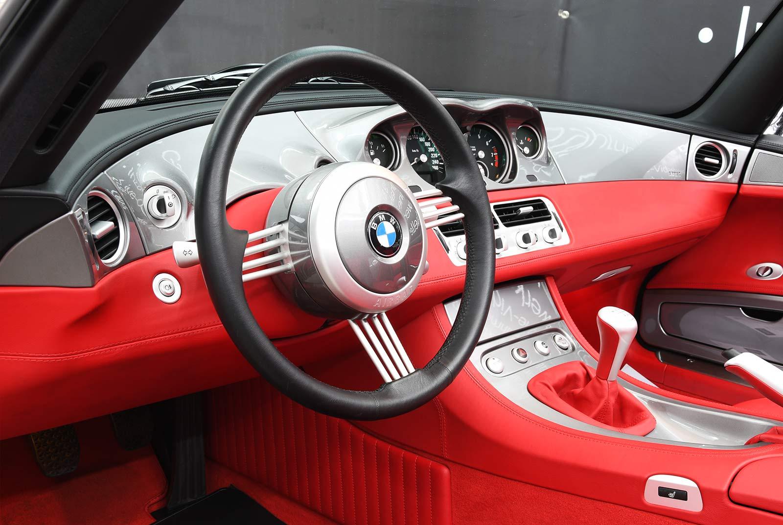 bmw_z_8_grau_rot_BMW-8171_11