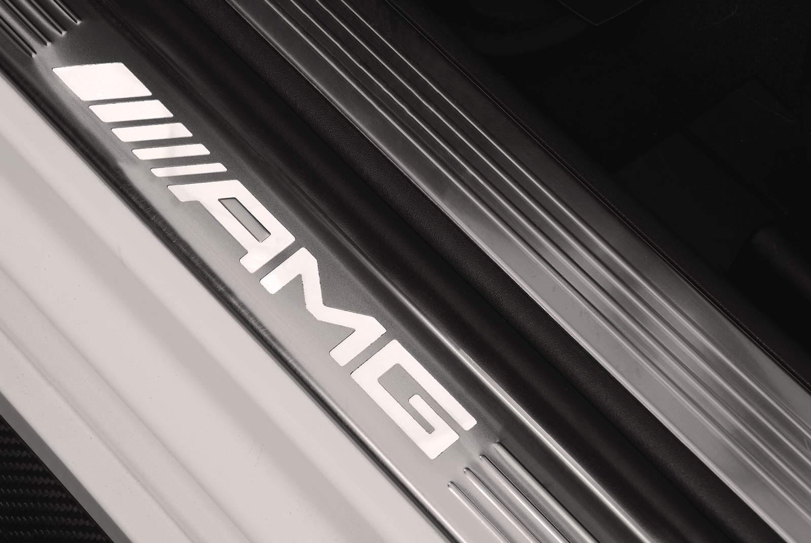 mercedes-benz_s_63_white_white_MB-8013_17