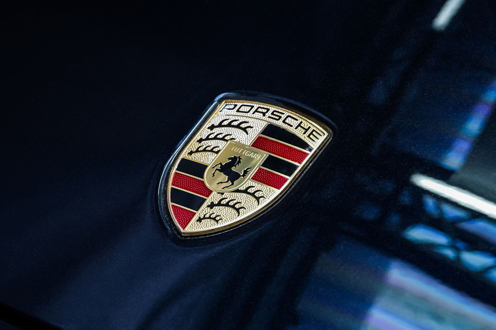 Porsche_Panamera_Turbo_Schwarz_Cremeweiß_POR-0127_15_w