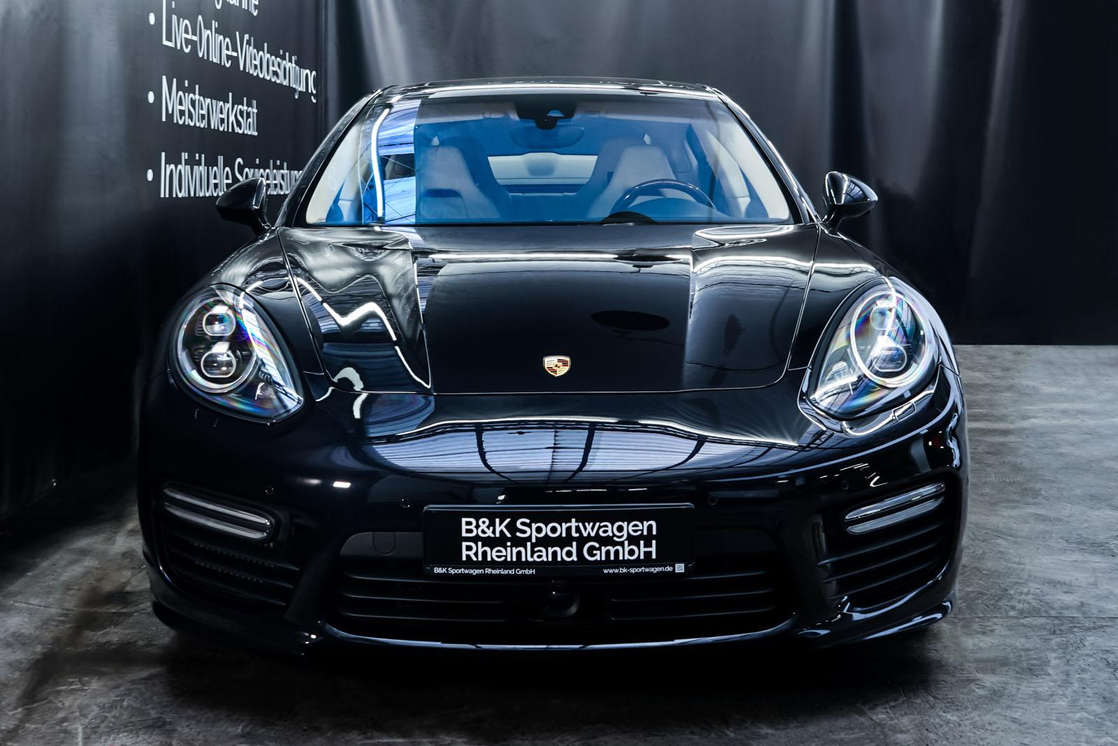 Porsche_Panamera_Turbo_Schwarz_Cremeweiß_POR-0127_1_w