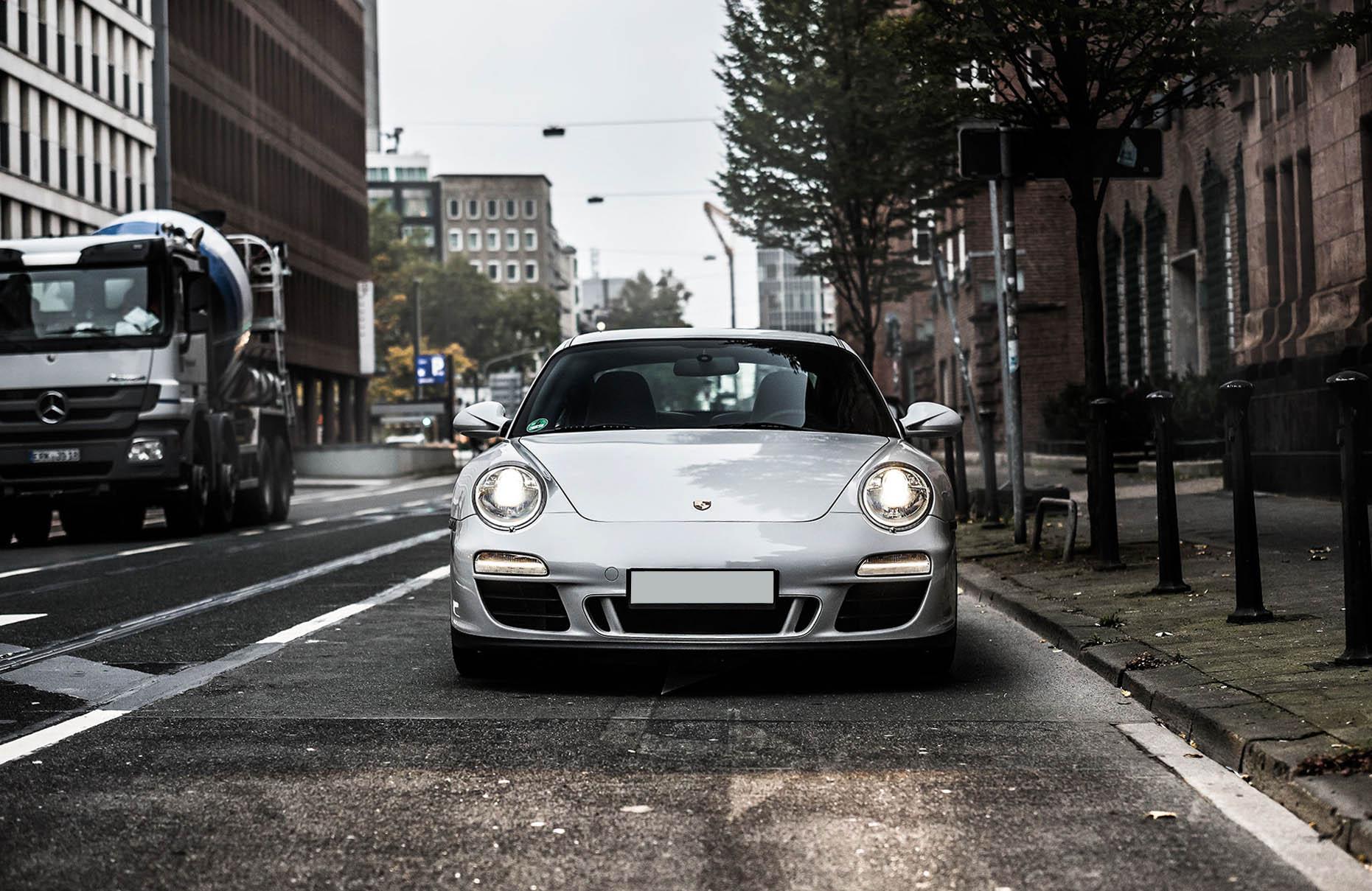 B&K_Sportwagen_Rheinland_GmbH_Porsche_997_4GTS_grau_16