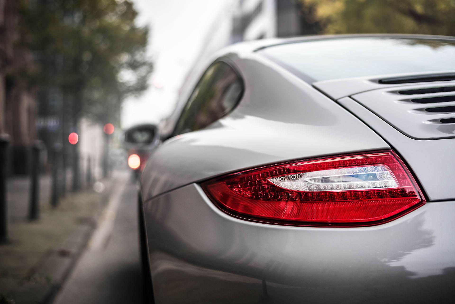 B&K_Sportwagen_Rheinland_GmbH_Porsche_997_4GTS_grau_4