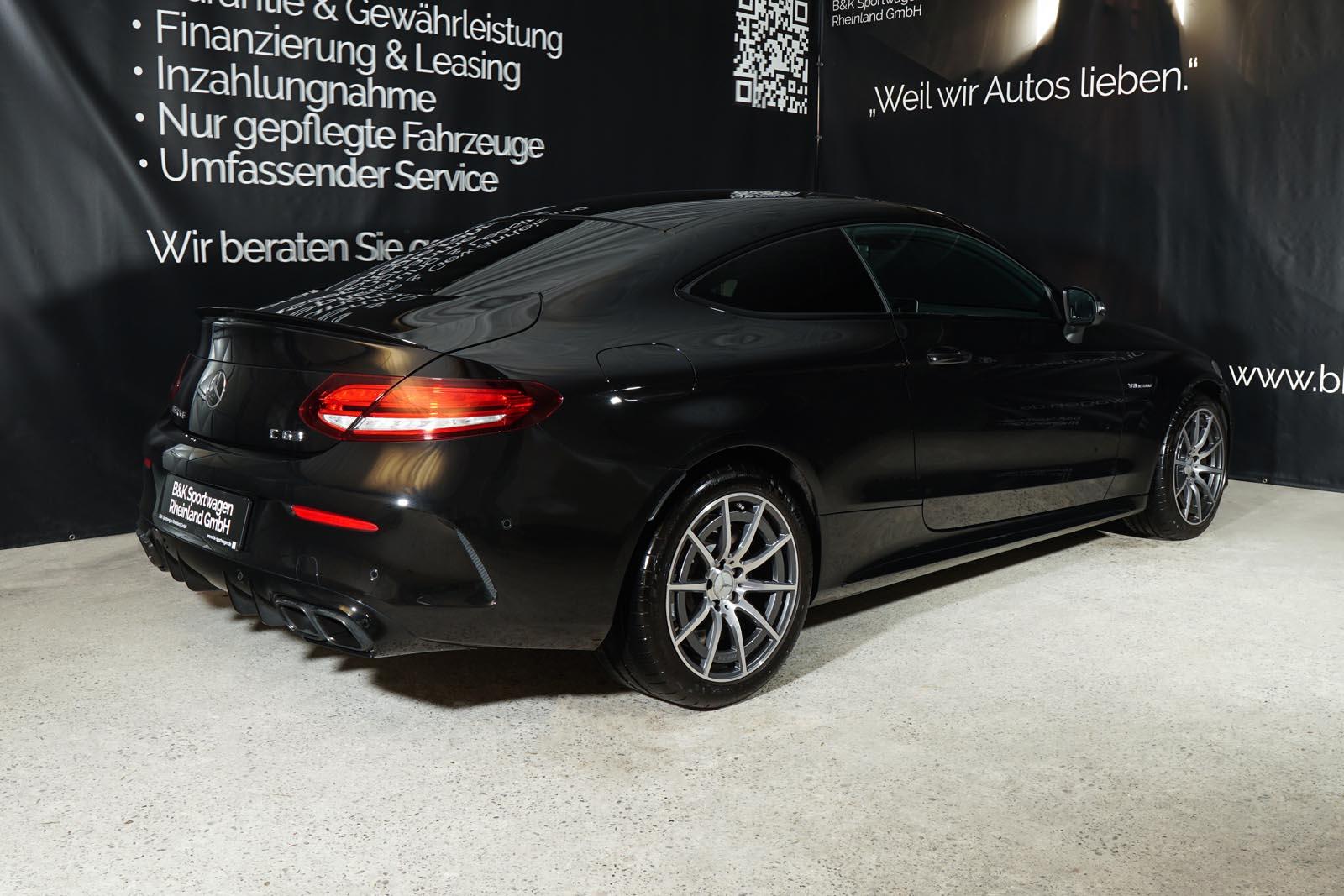 11mercedes-benz-c63-s-amg-coupe-schwarz_2