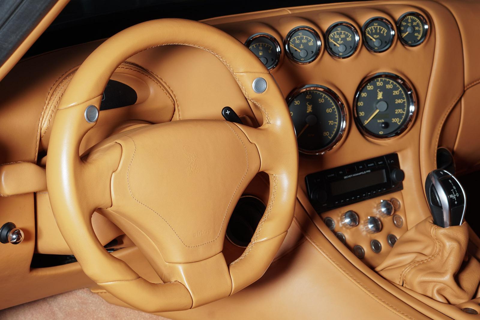 11wiesmann_mf4_roadster_grau_beige_3