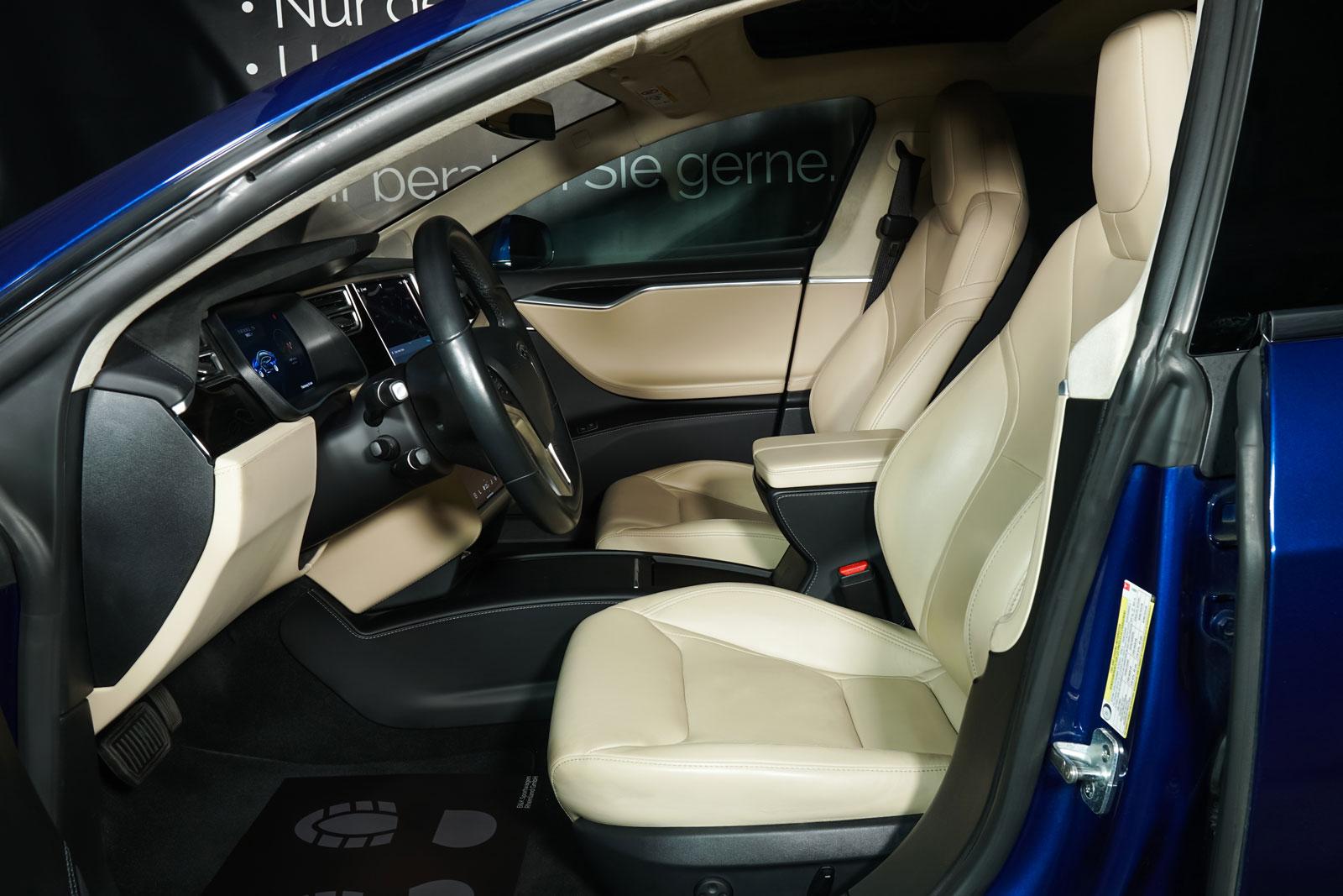 Tesla_ModelS_90D_Blau_Beige_TES-5091_8_w