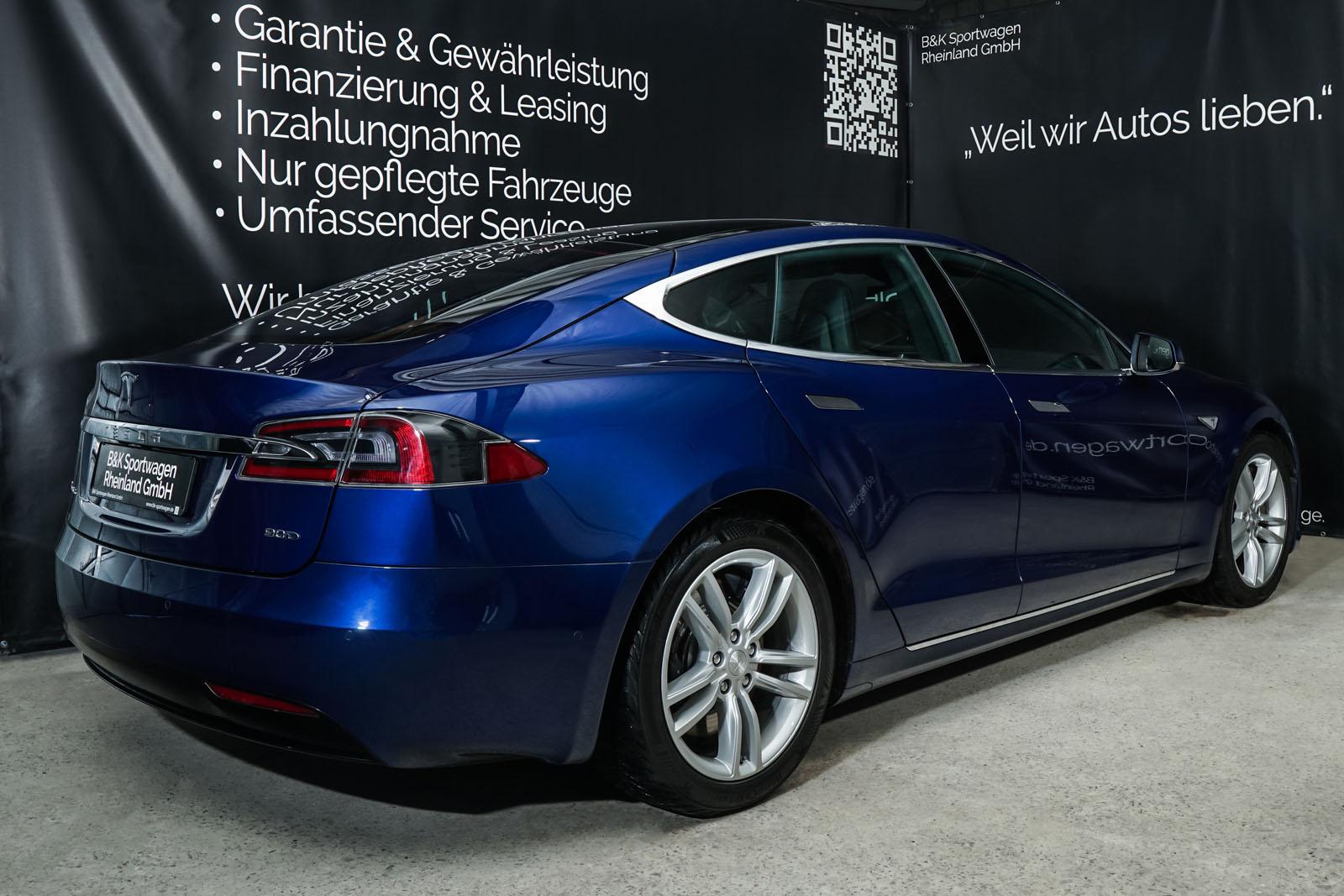 Tesla_ModelS_90D_Blau_Schwarz_Tes-0513_12_w