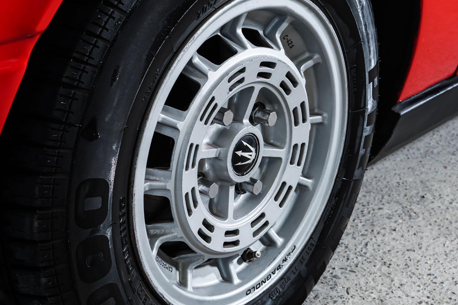 Maserati_Merak_Rot_Schwarz_MAS-4094_9_w