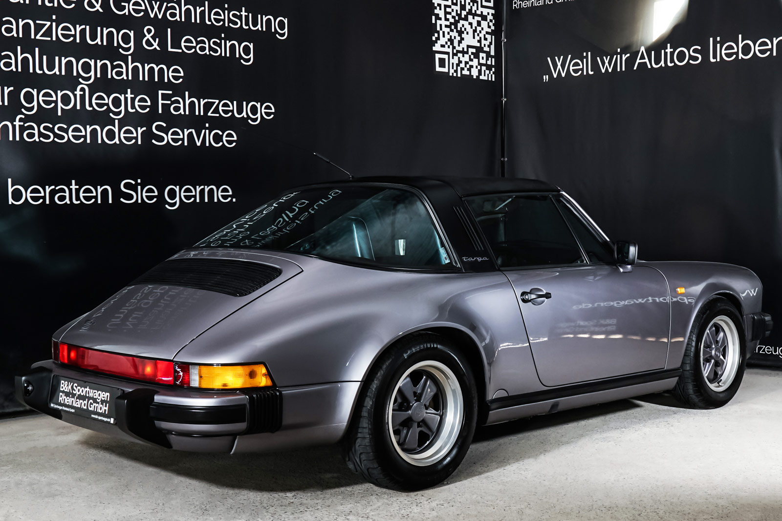 Porsche_911_Targa_Diamantblaumetallic_Blau_POR-0092_19_w
