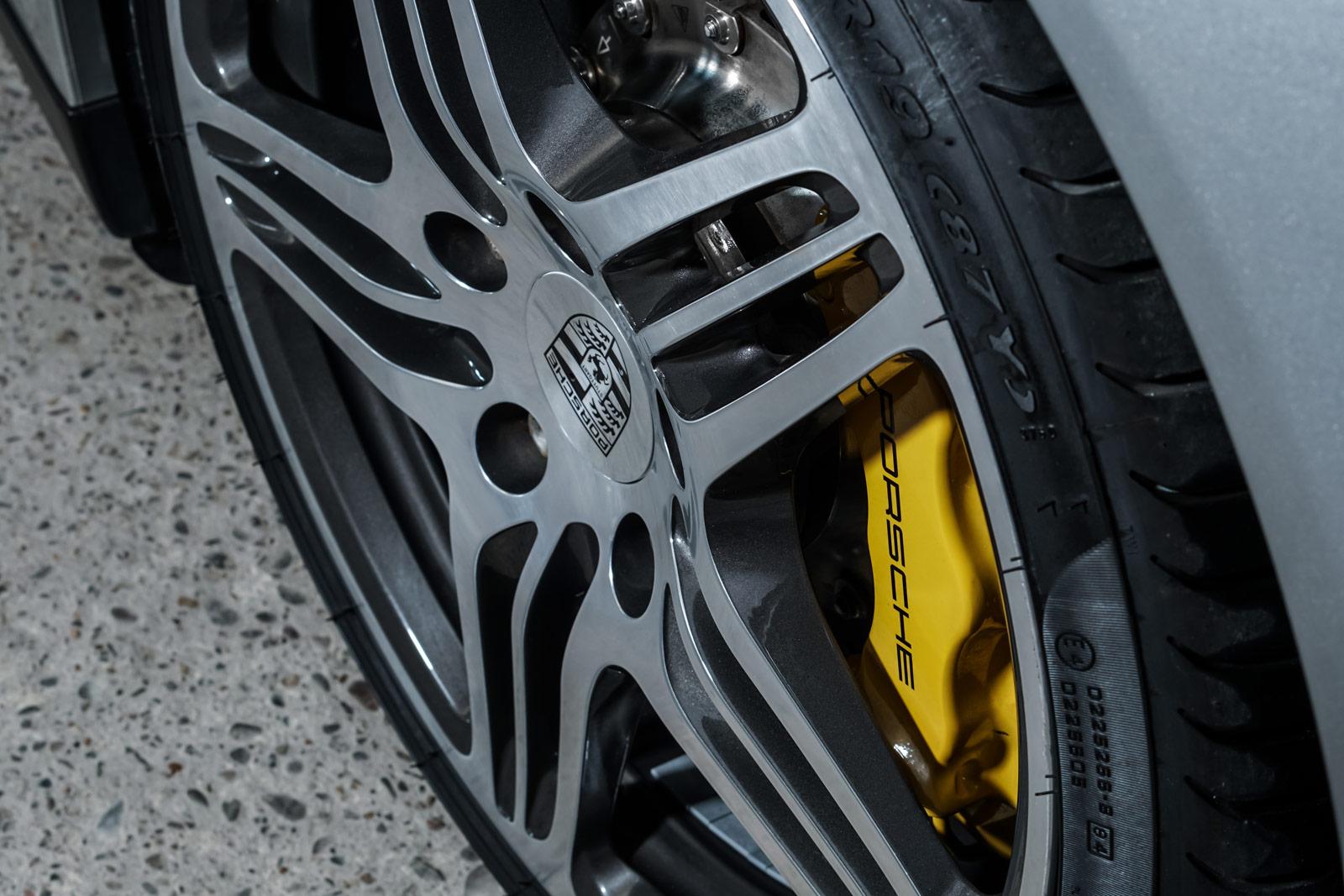 Porsche_997_Turbo_Cabrio_Silber_Grau_POR-6105_12_w