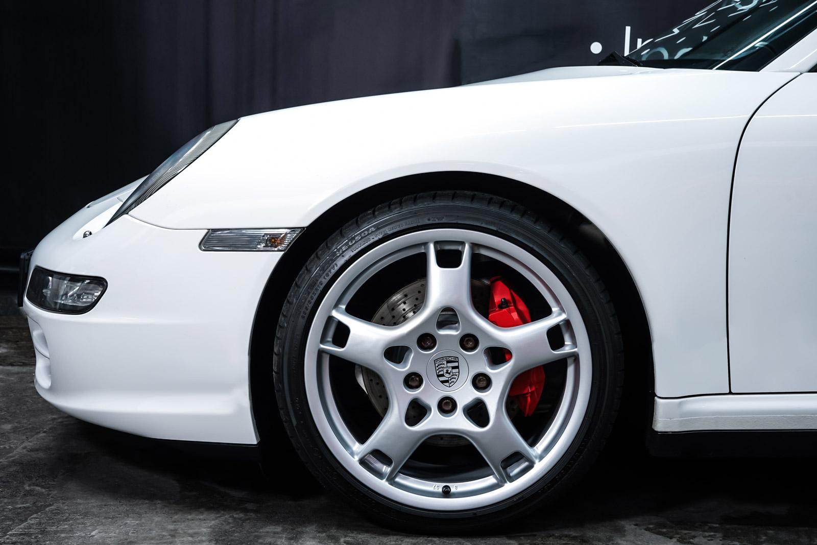 Porsche_997_C4S_Cabrio_Weiß_Braun_POR-4557_3_w