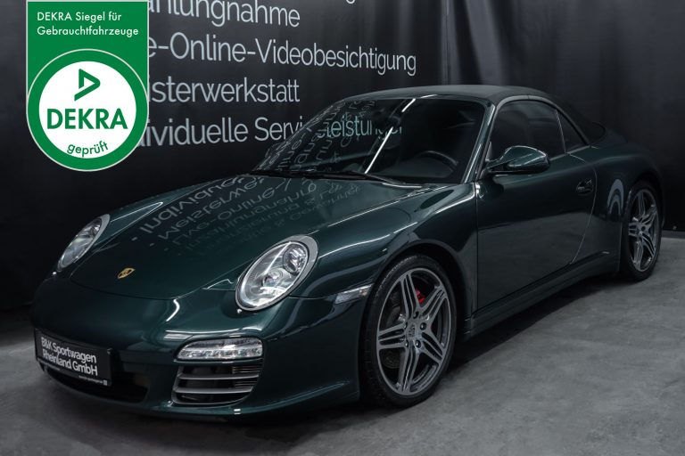 Porsche_997_Carrera4S_Cabrio_RacingGreen_Schwarz_POR-6027_Plakette_w