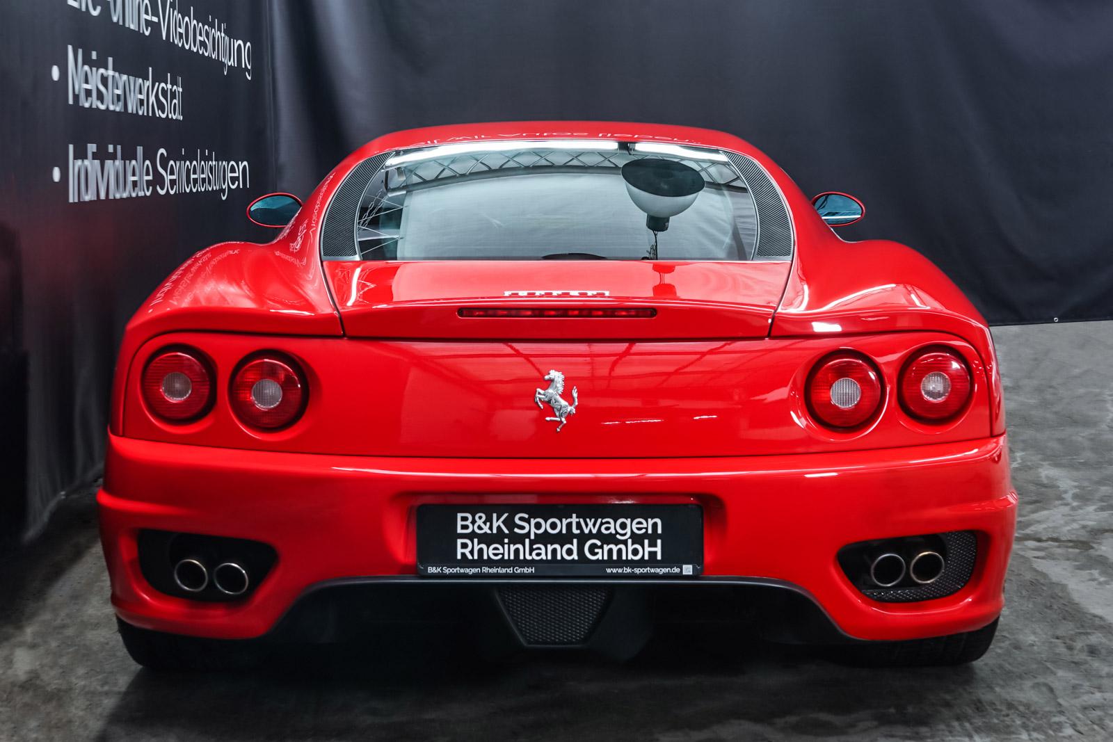 Ferrari_360_Modena_Rot_Schwarz_FER-4576_14_w